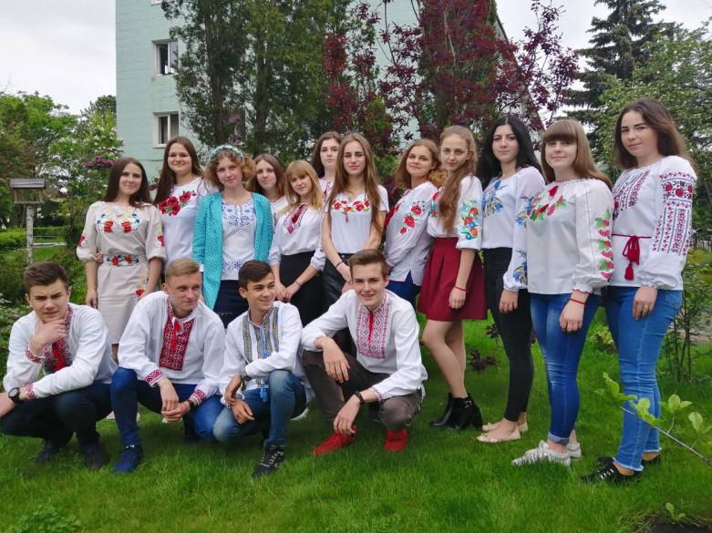 Студенти Шацького лісового коледжу