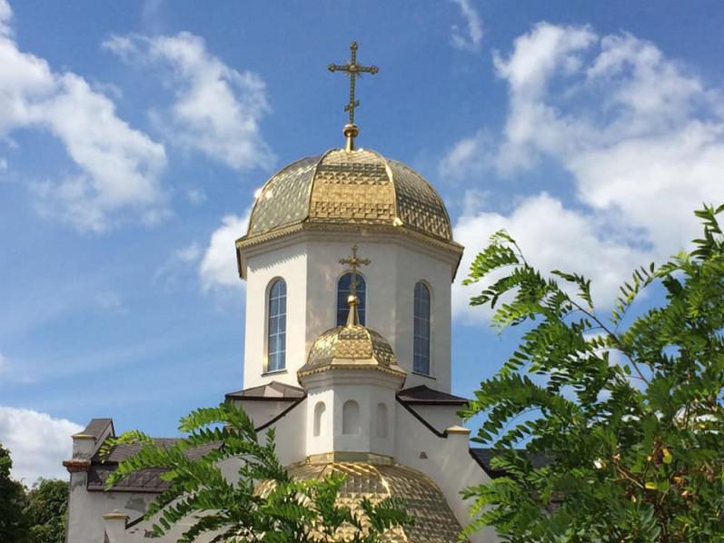 В Шацьку тривають роботи набудівництвіхраму Святого Архістратига Михаїла