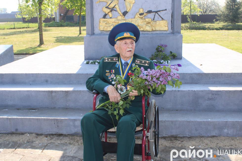 Цьогоріч на мітингу був лише один ветеран - Костянтин Чесноков