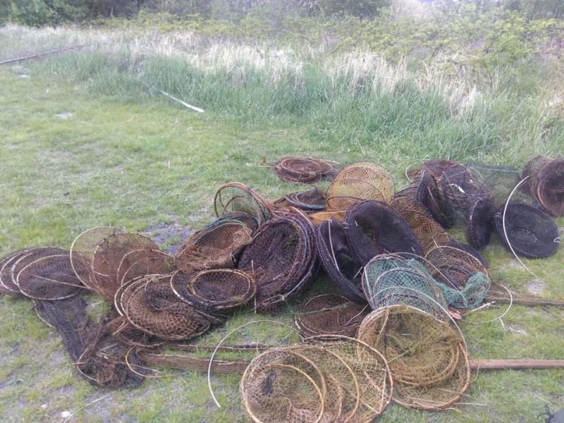 На озері Острів'янське інспектори знайшли браконьєрські сіті