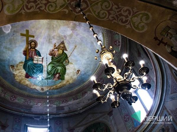 Ікони зі слідами куль у Світязькій церкві від графа Браницького: історія, варта уваги