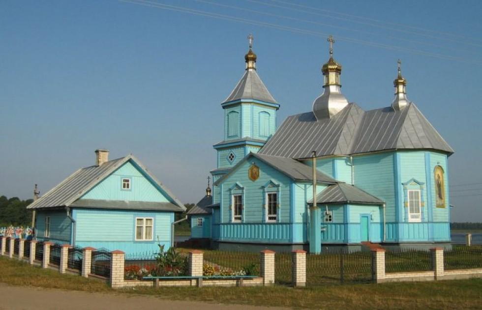 Храм ікони Казанської Божої Матері в селі Піща
