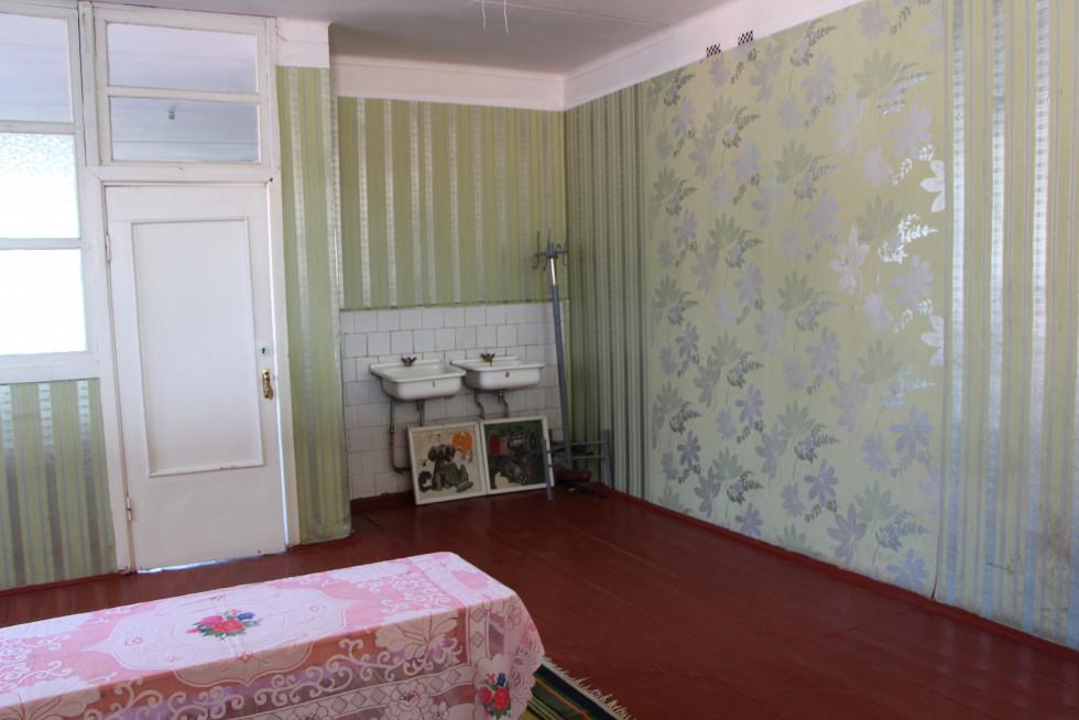 А цю кімнату ремонтуватимуть з нового року