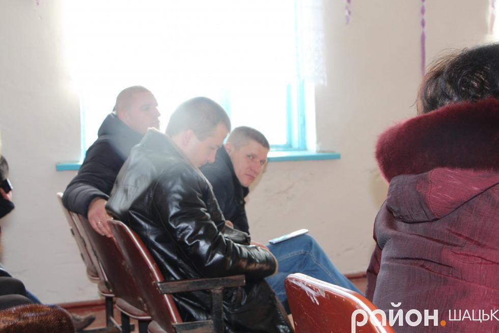 А тим яасом представники Любомльщини уважно слухають шачан