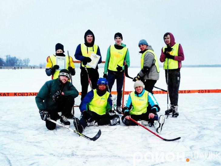 Переможці турніру команда «Shakovel»