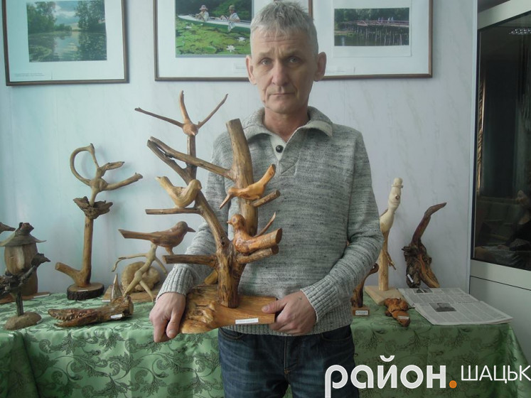 Майстер коренепластики Володимир Філіпчук
