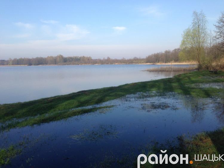 Озеро Велике Чорне в Шацьку