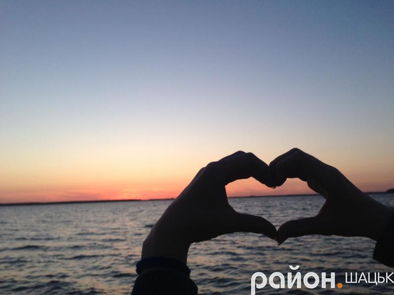 Захід сонця на Шацьких озерах