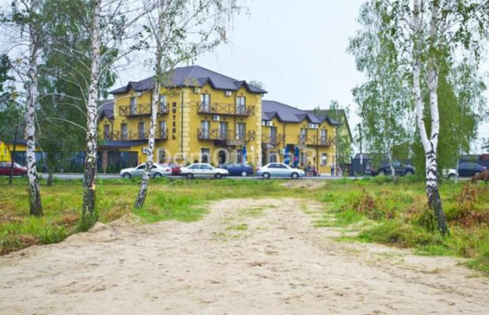 Таким є пляж навпроти мотелю «Лемарк. Усе - за європейськими» стандартами