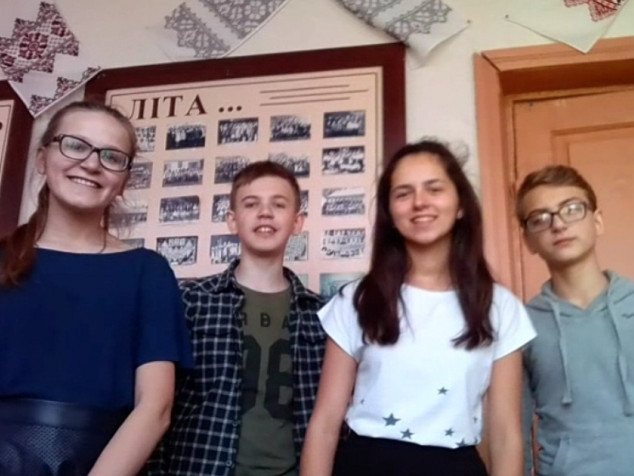 Фіналісти проекту - восьмикласники Шацької школи-гімназії