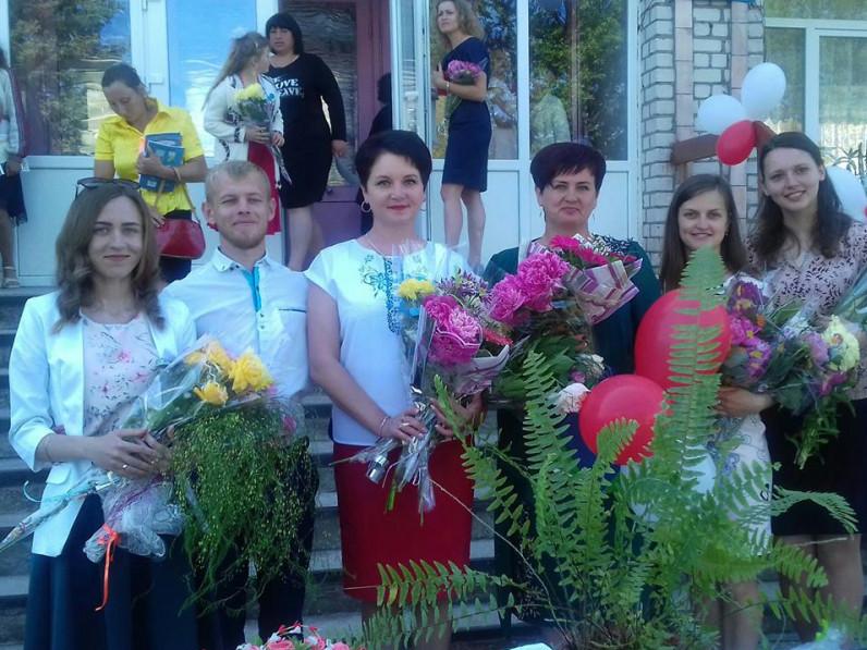 Вчителі Пульмівської школи щасливі, що почалися канікули