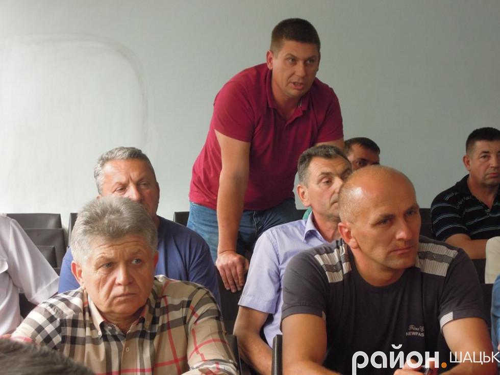 Сергій Чумак стверджує, що має повне право на цю землю