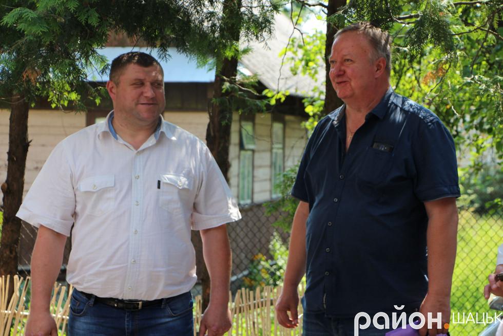 На зустріч прийшов голова Шацької РДА Василь Голядинець
