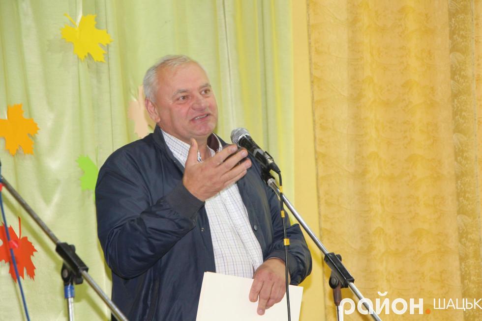 помічник народного депутата Степана Івахіва - Володимир Бащук