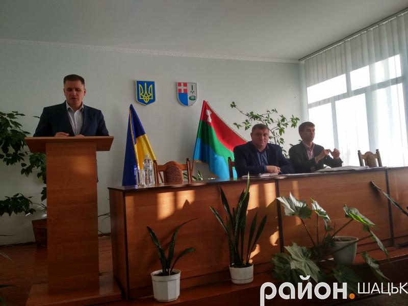 Заступник прокурора Ігор Філімонюк звітує перед депутатами райради