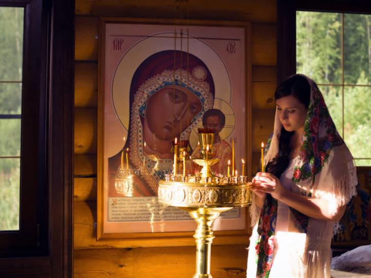 Казанська чудотворна ікона Божої Матері– одна із найпрославленіших чудотворних ікон у всьому православному світі.