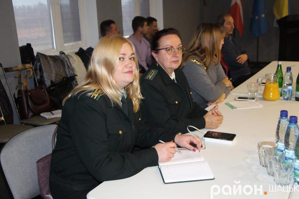 Викладачки Шацького лісового коледжу Лілія Вирович і Леся Арват