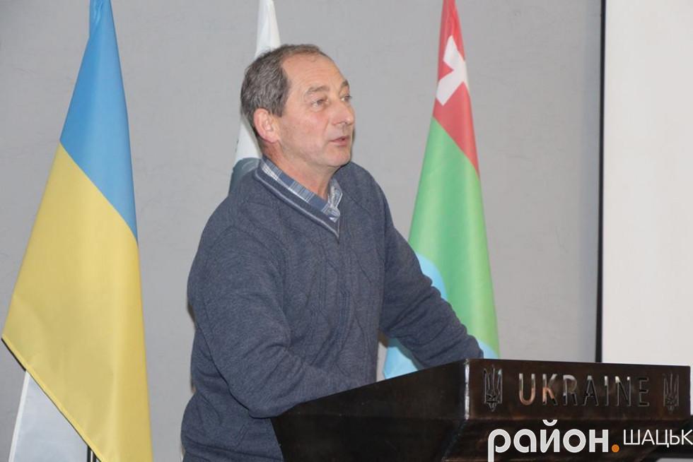 Про гідрологічну ситуацію озера Світязь доповідає Петро Юрчук
