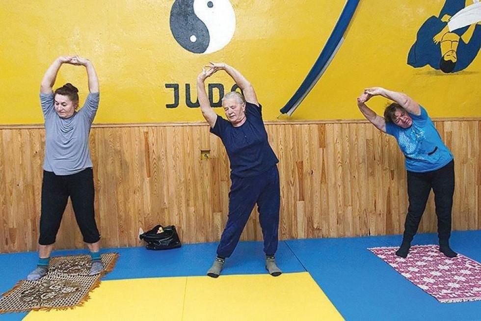 Про переваги спільних занять розповідали (зліва направо) Галина Левчук і Надія Стадник.