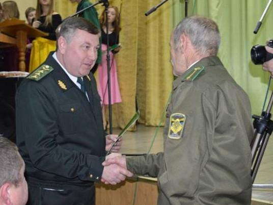 Привітати колектив прибув заступник Голови Державного агентства лісових ресурсів України Володимир Бондар