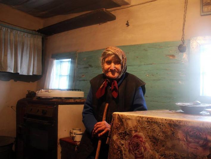 Довгожителька-самітниця з Шацького району баба Ганя