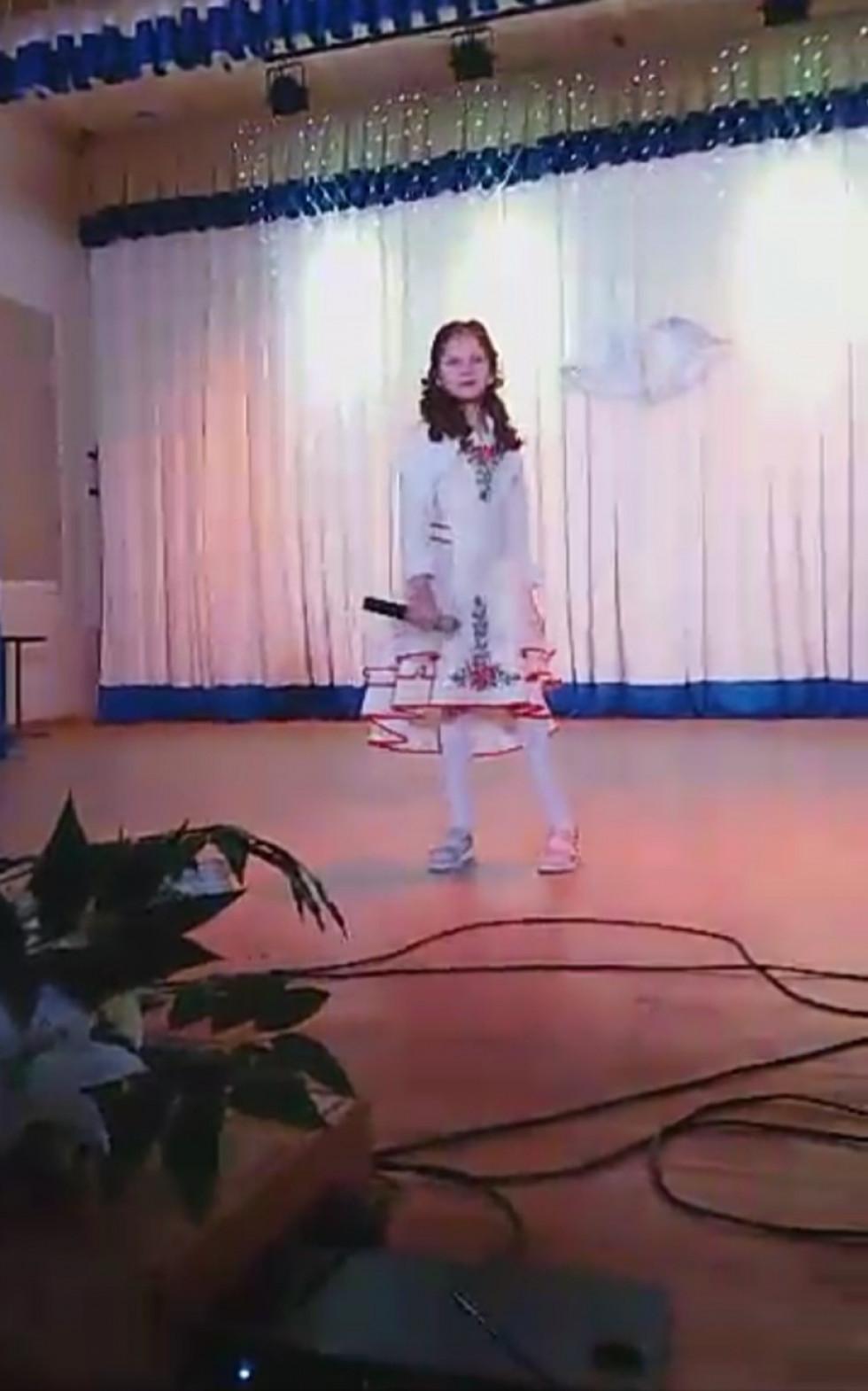 Співає Юлія Храновська