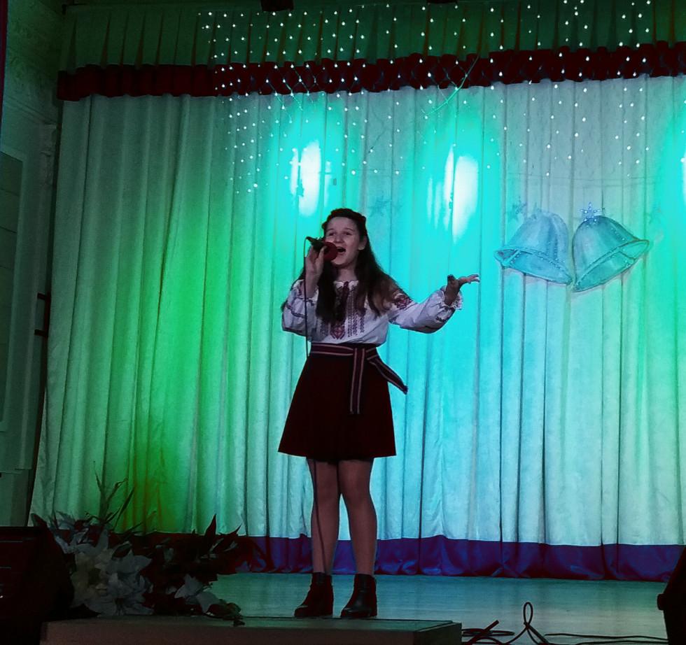 На сцені - Світлана Чернякова