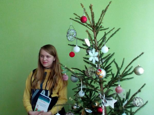 Вихованка Шацького БДЮТ Ангеліна Зубач