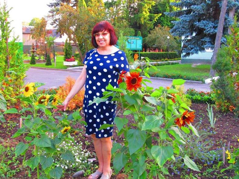 Сьогодні 55-річчя від дня народження відзначає Лончук Марія Миколаївна