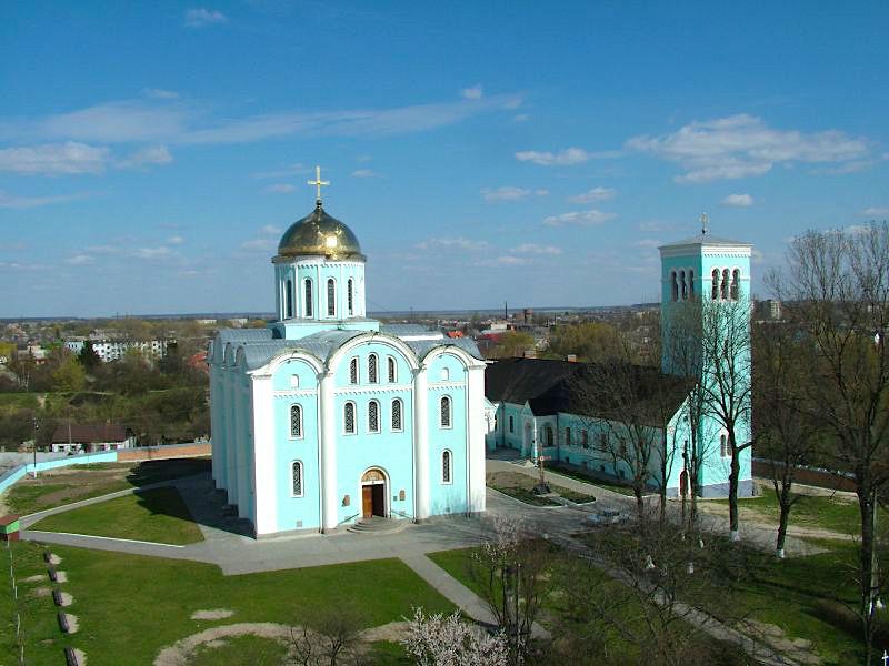 Керівники єпархій Московського патріархату просять допомоги в очільника Волинської області