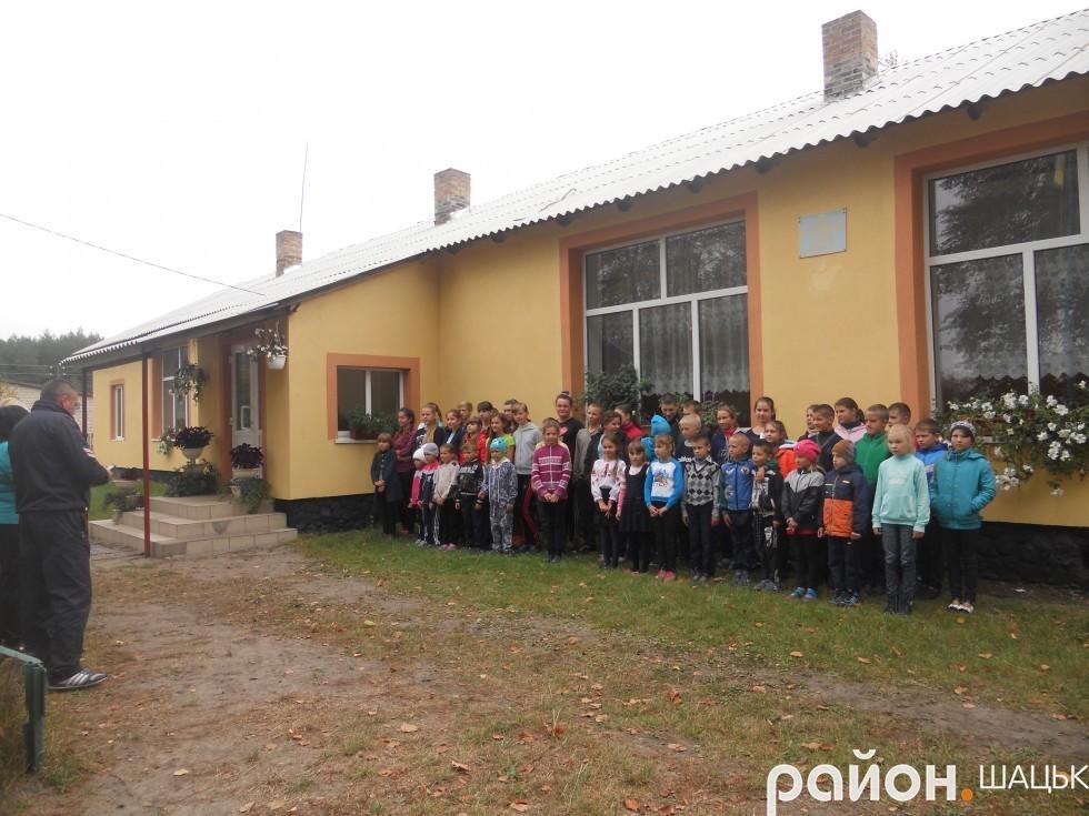 Загальноосвітня школа І-ІІ ст. села Підманове