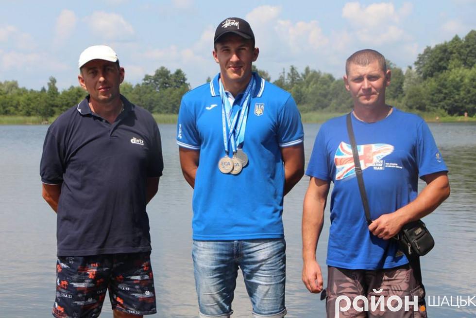 З тренерами Шацької ДЮСШ Леонідом Цюп'яхом і Миколою Романовичем