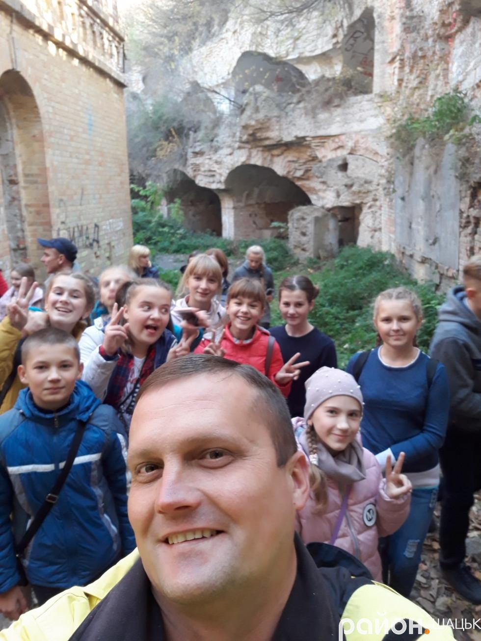 Екскурсія замками для школярів Шацького району