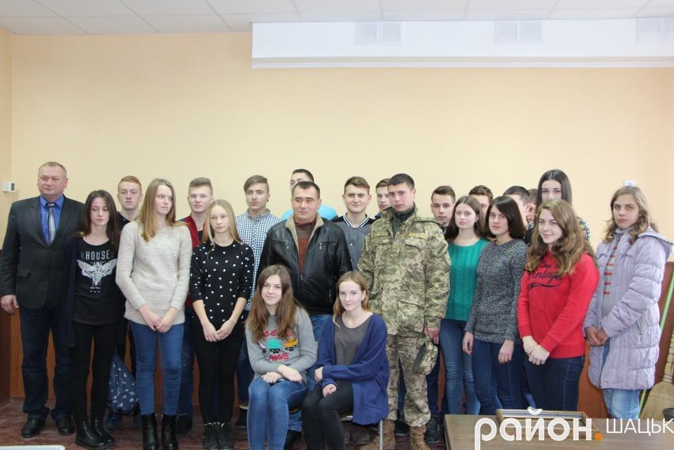 Валентин Борух на зустрічі у Шацькій школі-гімназії