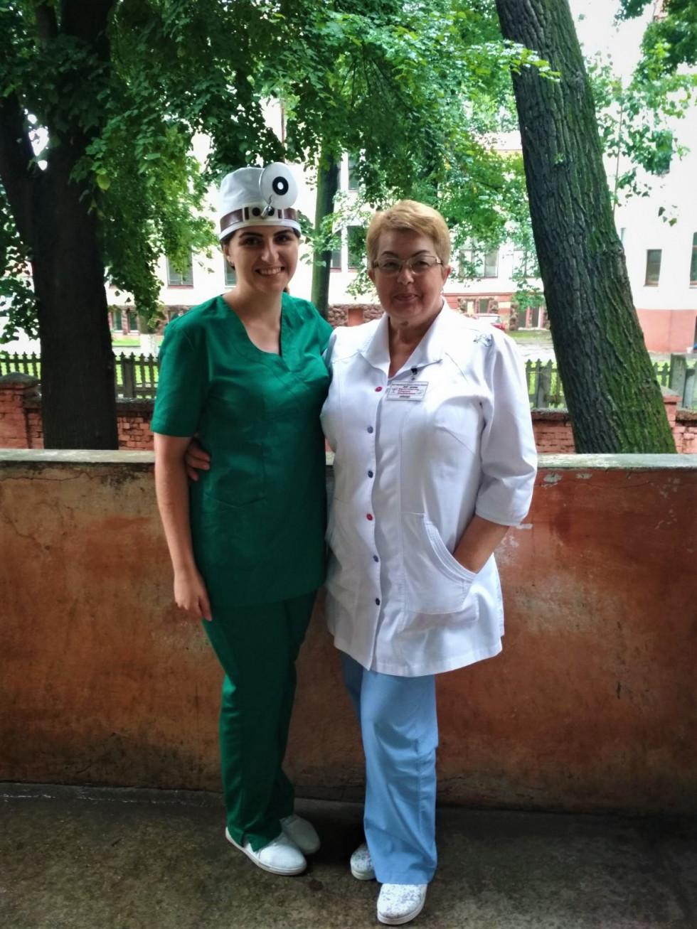 Мар'яна Ватрич з наставницею