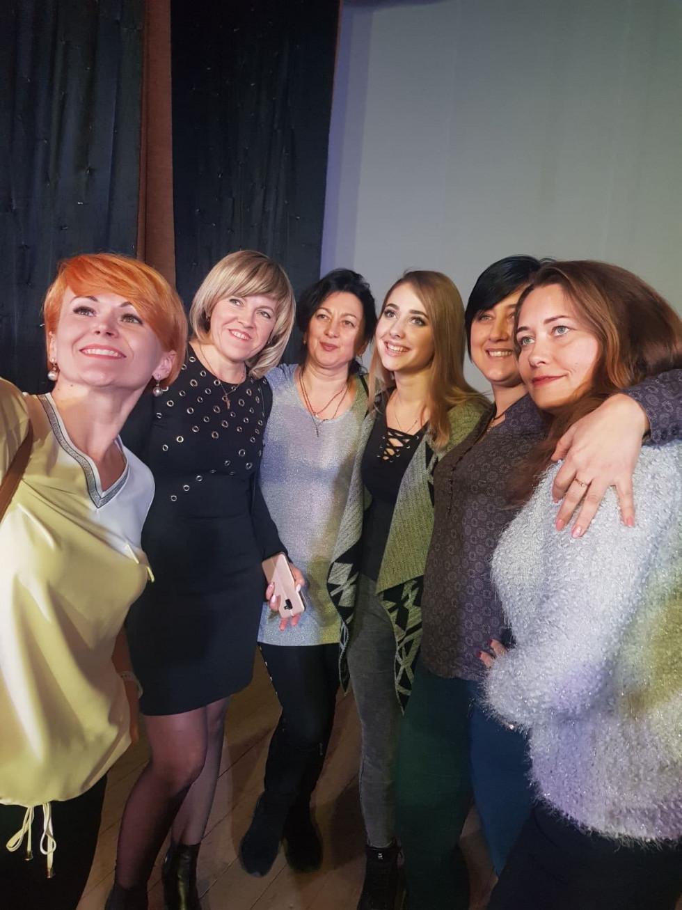 Разом із шанувальницями фоанцузького співака у Нововолинську