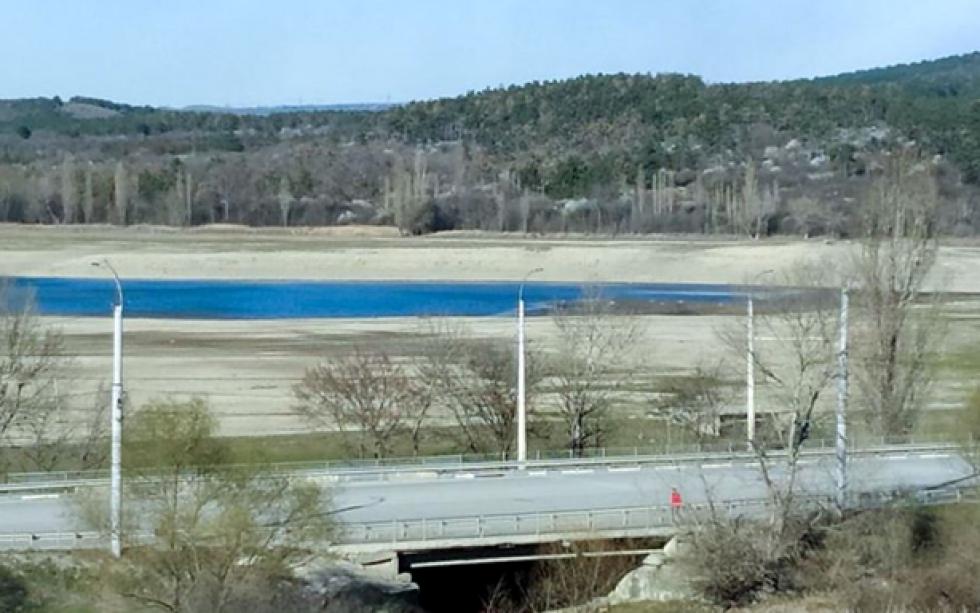Сімферопольське водосховище. Піщані береги на фото колись були дном водойми