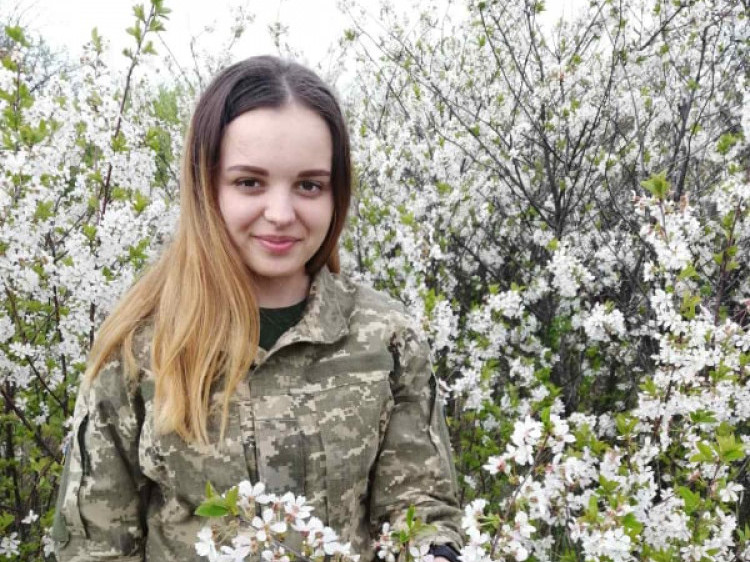 Оксана Савчук на три роки підписала контракт на військову службу