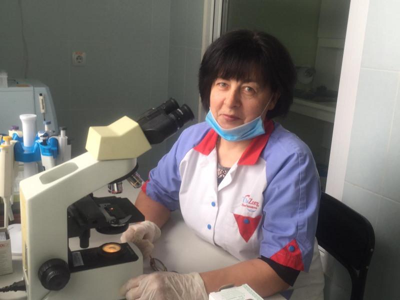 Катерина Кравець очолює лабораторію понад 20 років